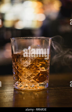 Cocktail whisky fumé Photo Stock