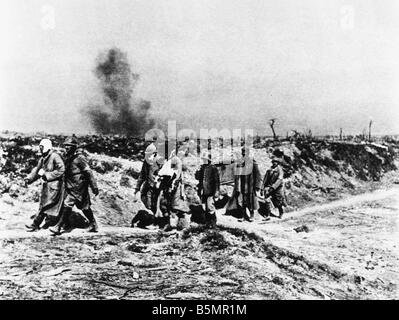 9 1916 925 A1 E la somme photo 1916 prisonniers de guerre allemands WWI 1914 Western Front 18 Bataille de la Somme Photo Stock