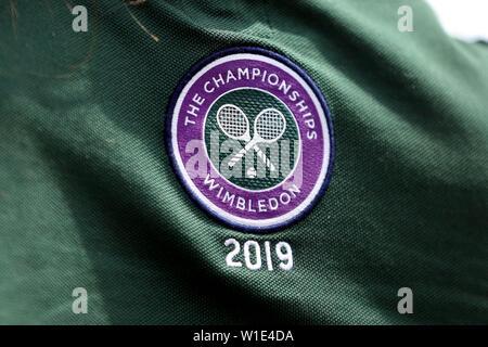 Wimbledon, Londres, Royaume-Uni. 2 juillet 2019. Logo de Wimbledon, le tournoi de Wimbledon 2019, 2019 Allstar Crédit: photo library/Alamy Live News Photo Stock