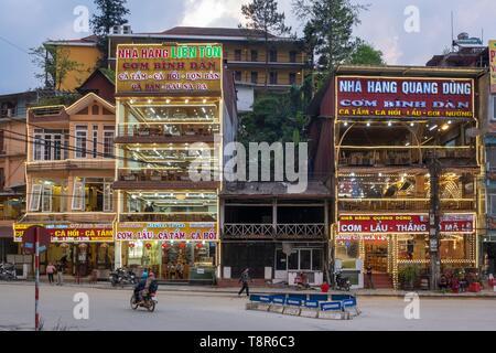Vietnam, province de Lao Cai, ville de Sapa, centre-ville Photo Stock