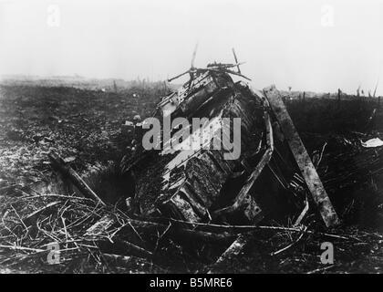 9 1917 1120 A2 18 E détruit fra tank Novembre 1917 La Seconde Guerre mondiale, Front de l'Ouest 18 1 1914 Photo Stock