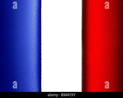 Un drapeau français composé de deux bouteilles de froid Photo Stock