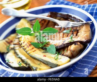 Courgettes grillées et antipasti d'aubergines Photo Stock