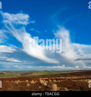 Nuages sur Freeborough Hill, North York Moors National Park Photo Stock