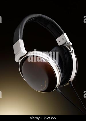Une paire d'écouteurs de qualité Photo Stock