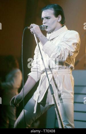 GARY NUMAN chanteur et musicien pop anglais sur 1984 Photo Stock