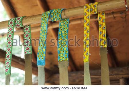 Le perlage, Qualla Cherokee Réservation, Caroline du Nord. Photographie numérique Photo Stock