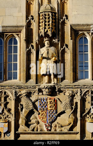 Statue de Henry VIII, Trinity College, Université de Cambridge, Angleterre Photo Stock