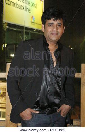 Le Bhojpuri acteur Ravi Kishan pose lors du lancement de l'affiche à venir Bhojpuri film Sansar à Mumbai, Inde, 04 février 2013. Aakash (Berde) Photo Stock
