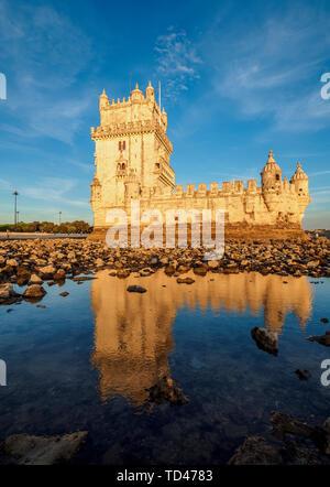 La Tour de Belém au coucher du soleil, l'UNESCO World Heritage Site, Lisbonne, Portugal, Europe Photo Stock