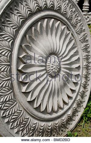Sculptures TRADITIONNELLES SUR LES MURS au Kerala Photo Stock