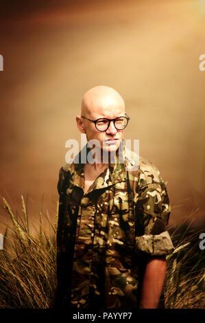 Jeune soldat à la mer Photo Stock