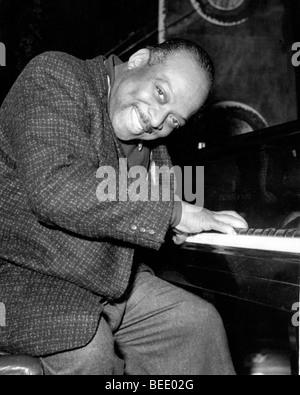 Pianiste et chef de big band de Count Basie en 1957. Photo Stock