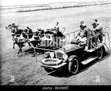 BEN-HUR: A TALE OF THE CHRIST 1925 MGM film muet avec Ramon Novarro. Filmer la course de chars. Photo Stock
