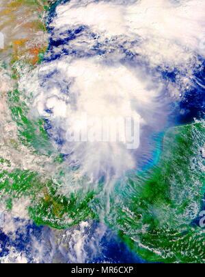 Le satellite Terra de la NASA a adopté au cours de l'élaboration de la tempête tropicale Katia dans l'ouest du golfe du Mexique le 5 septembre 2017 à 13 h 10 HAE (1710 UTC). Photo Stock