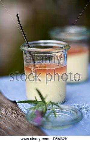 Crème douce gelée de lavande Photo Stock