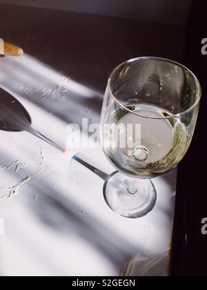 Vin blanc dans l'été Photo Stock