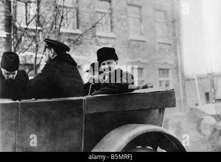 9 1917 1215 A1 14 Brest Litowsk Trotzkij Joffe Altvater World War 1 1914 18 l'armistice Allemand Russe de Brest Photo Stock