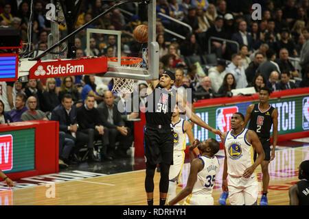 Los Angeles, CA, USA. 18 janvier, 2019. LA Clippers avant Tobias Harris #34 dunks pendant les Golden State Warriors vs Los Angeles Clippers au Staples Center le 18 janvier 2019. (Photo par Jevone Moore) Credit: csm/Alamy Live News Photo Stock