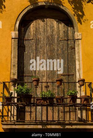 Vieux balcon, Vénétie, Venise, Italie Photo Stock