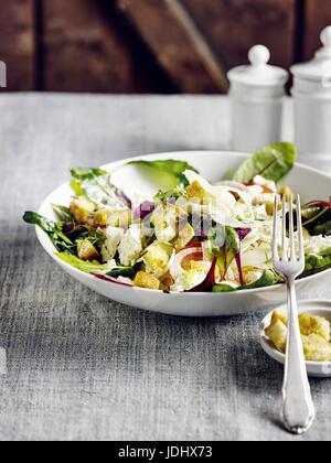 Salade de fenouil avec du fromage de brebis Photo Stock