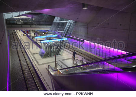 Escalier de la station de métro, station de métro de Rathaus-Sued, Bochum, Ruhr, Allemagne Photo Stock