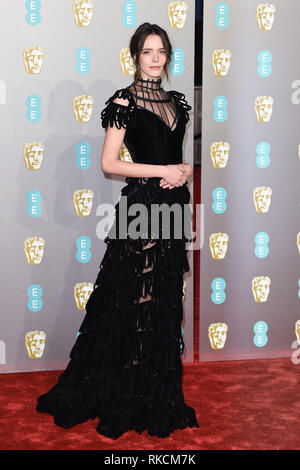Londres, Royaume-Uni. 10 fév, 2019. Londres, Royaume-Uni. 10 février 2019 : Stacey Martin arrivant pour le BAFTA Film Awards 2019 au Royal Albert Hall, Londres. Photo : Steve Sav/Featureflash Crédit : Paul Smith/Alamy Live News Photo Stock
