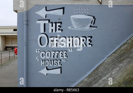 Café offshore signe, sheringham, North Norfolk, Angleterre Photo Stock