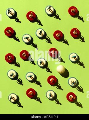 Un groupe de joueurs et d'une pelote de Subbuteo. Photo Stock