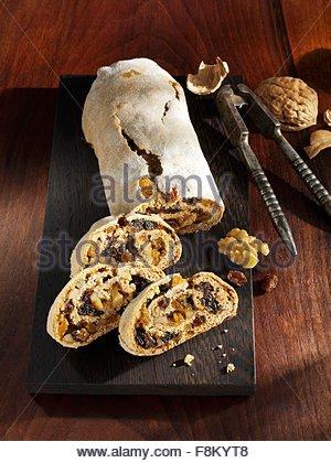 Gingerbread Wachau avec les écrous et les raisins secs Photo Stock