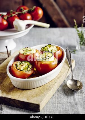 Remplis les tomates du four Photo Stock
