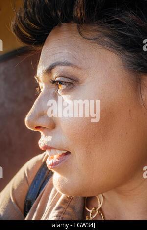 Uplcose profil de femme. Photo Stock
