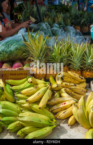 Hawaii, Hanalei, Kauai, banane, marché des producteurs, des fruits, de l'ananas Photo Stock