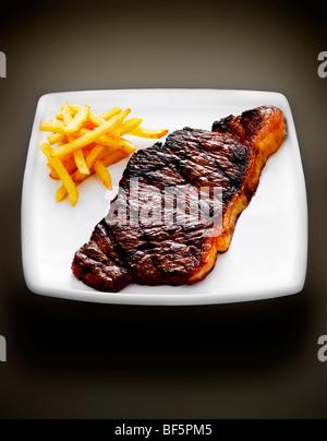 Steak-frites. Photo Stock