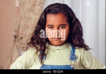 Jeune fille rebelle avec expression défiante. M. © Myrleen Pearson .....Ferguson Cate Photo Stock