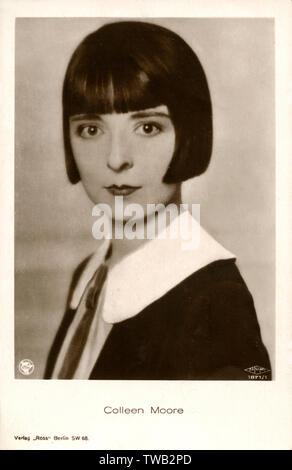 Colleen Moore (1899-1988) - American Movie star, un des quartiers chics de l'époque et a contribué à populariser la coupe de cheveux courts de Dutchboy. Également partenaire de Merrill Lynch et une maison de poupées designer! Date: vers 1926 Photo Stock