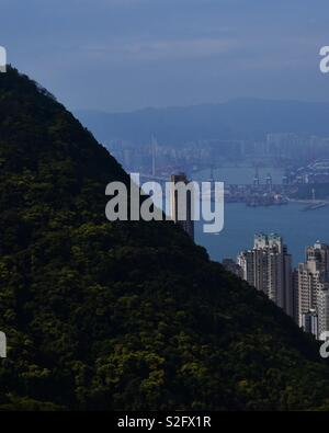 Sur le chemin vers le sommet de Hong Kong , 2 heures de marche pour obtenir cette vue . Photo Stock