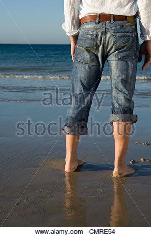 Homme à la mer Photo Stock