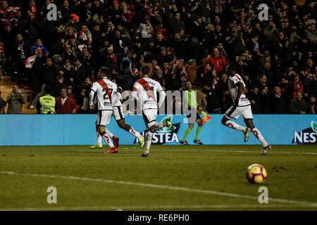 Madrid, Espagne. 20 Jan, 2019. La Liga football, Rayo Vallecano contre Real Sociedad ; Santi Comesana (Rayo Vallecano) célèbre son but qui a 1-0 : Action Crédit Plus Sport/Alamy Live News Photo Stock