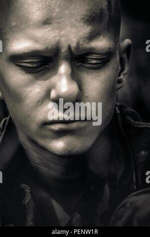 Portrait psychologique de l'adolescent garçon Photo Stock