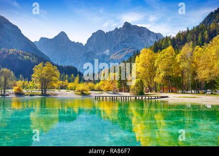 Jasna Lake, les Alpes Juliennes, en Slovénie Photo Stock