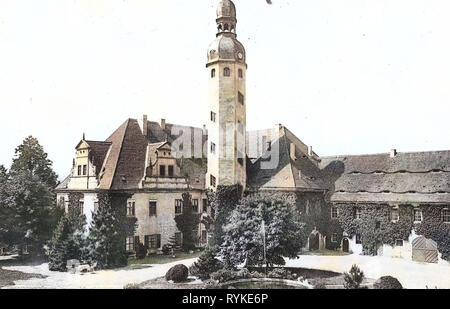 Schloss Schieritz, bâtiments couverts de plantes grimpantes, 1915, Landkreis Meißen, Schieritz, Rittergut, Allemagne Photo Stock