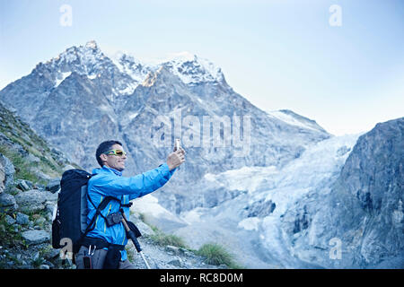 En randonneur photo, Mont Cervin, Matterhorn, Valais, Suisse Photo Stock