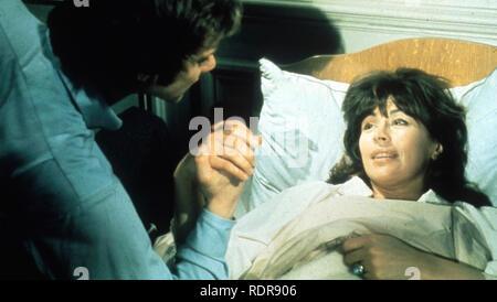 Les RAGING MOON 1971 MGM-EMI film avec Nanette Newman et Malcolm McDowell Photo Stock