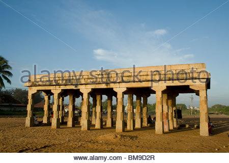 STRUCTURE EN PIERRE HISTORIQUE À SHANGHUMUGHAM BEACH, TRIVANDRUM Photo Stock