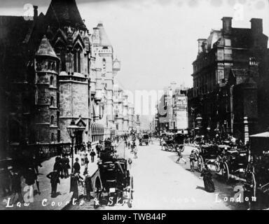 Les tribunaux et Fleet Street, Londres, sur une journée bien remplie. Date: vers 1900 Photo Stock