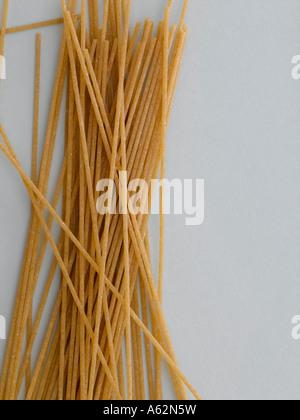 Spaghetti complet tourné avec professional digital format moyen Photo Stock