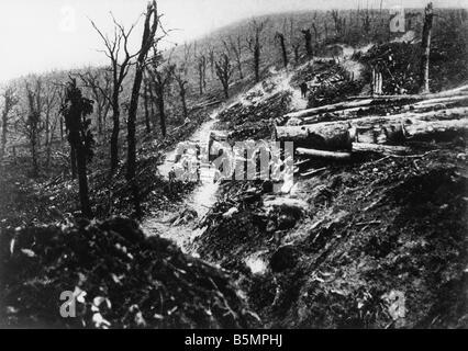 9 1916 1024 A1 3 E Bataille de Verdun 1916 World War 1 1914 18 Western Front Bataille de Verdun 1916 le ravin Ravin Photo Stock