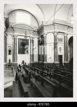 Lazio Roma Subiaco S. Maria della Valle, c'est mon l'Italie, l'Italie Pays de l'histoire visuelle, vues de 18e c. deux étages façade, nef et autel de l'intérieur du panneau, peintures, sculptures en bois peint à partir de la 12e et 16e c Photo Stock