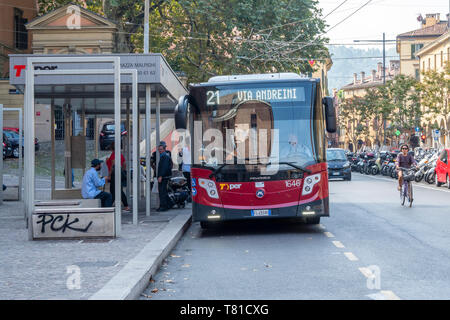 Bus public Centre de Bologne, Italie Photo Stock